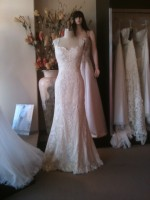 SH custom design wedding dress