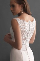 Allure 2655 illusion back details