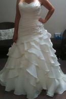 D1701 ruffled skirt wedding dress