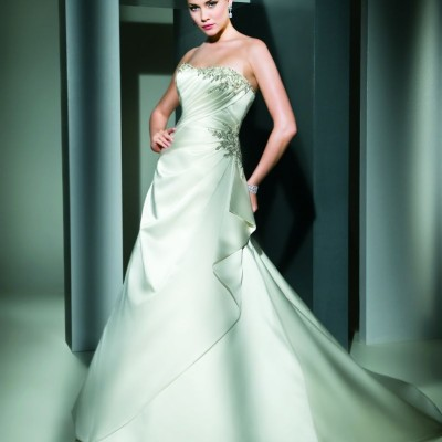 7479 Cosmobella wedding dress