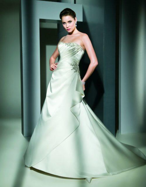 7479 Cosmobella wedding dress