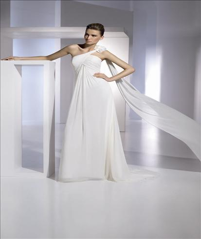 San Patrick Eboli wedding dress