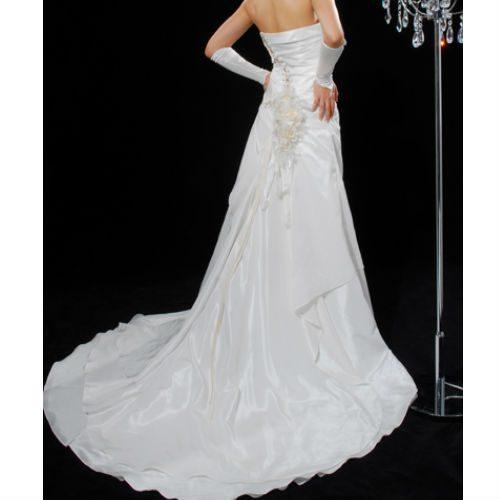KL0104 wedding dress with train