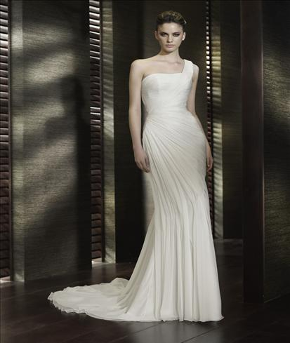 San Patrick Cabala wedding dress