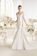 Avenue Diagonal PATWIN satin weddding dress