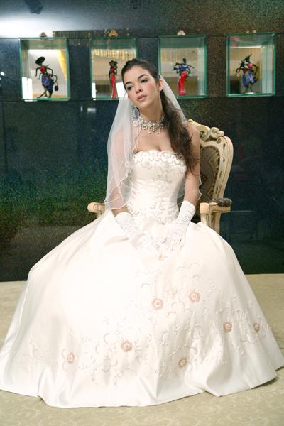 KL0010-1 Wedding Dresses