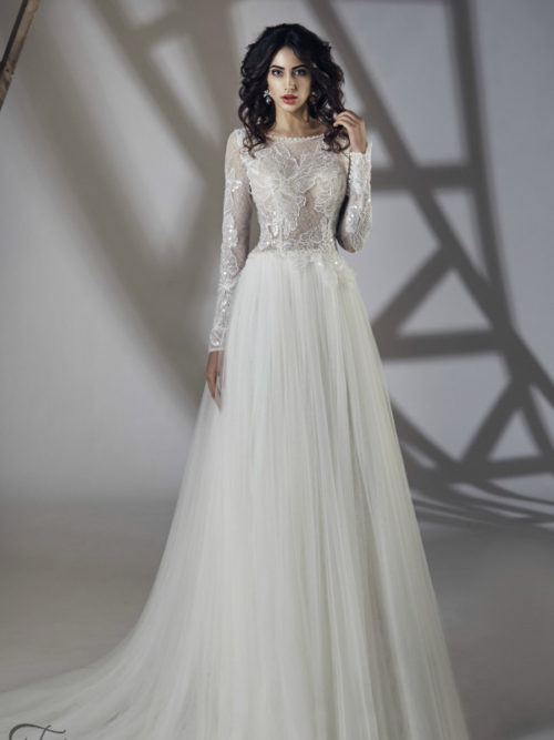 ID1061 Long Sleeves Lace Soft Tulle Skirt Wedding Dress