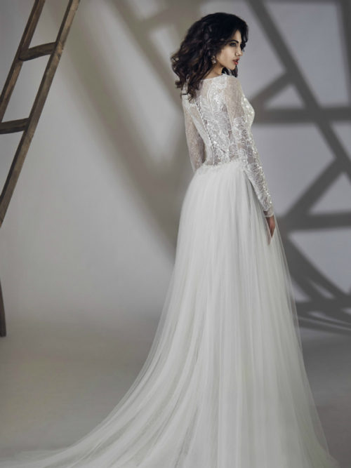 ID1061 Long Sleeves Lace Soft Tulle Skirt Wedding Dress with train