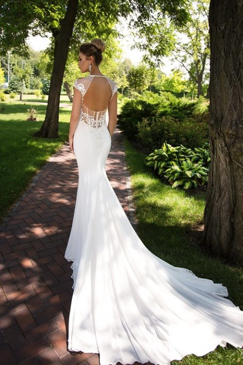 Majestic beautiful key hole low back mermaid wedding dress with train ID1091