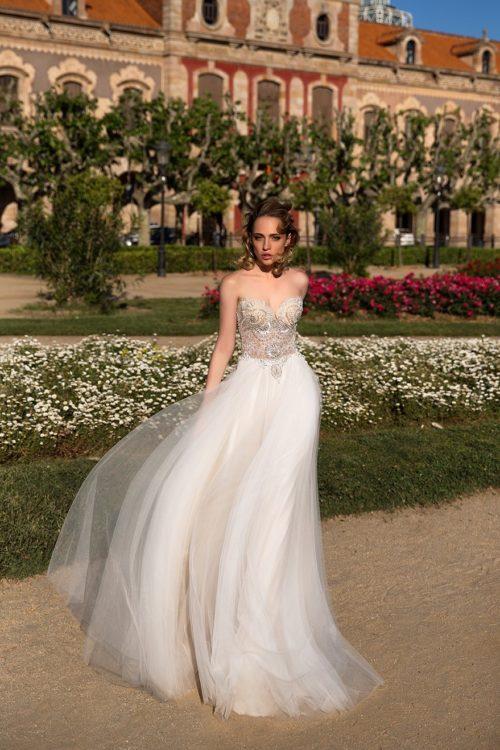 ROMANCE beautifully beaded bodice soft tulle skirt wedding dress ID1128