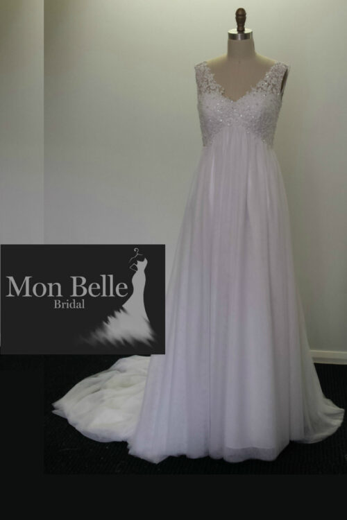 DEE V-neck beaded lace Maternity Wedding Dress LL17028