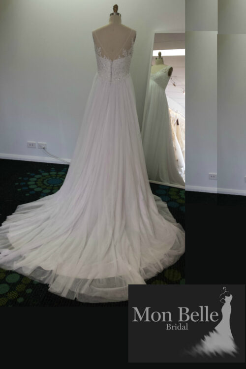 DEE custom design V back maternity wedding dress LL17028